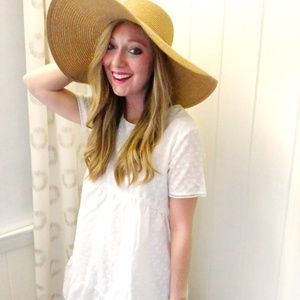 Dresses & Skirts - White eyelet dress - size S